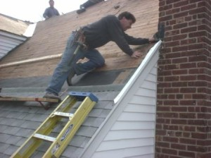 Roof maintenance services in Seattle, WA