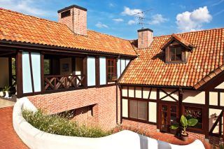 Roofer Arlington, WA